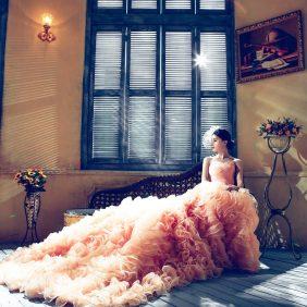 Durf jij het aan: een gekleurde trouwjurk?