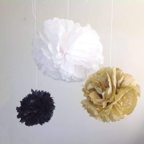 Pompons maken als DIY kerstversiering